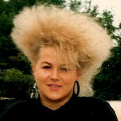 Angy_Profil_Mai-1990